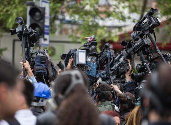 Relaciones con los medios en eventos.